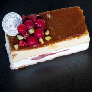 【LE COFFRET DE COEUR】リニューアル / ストロベリーベイクドチーズケーキ【店舗販売のみ】