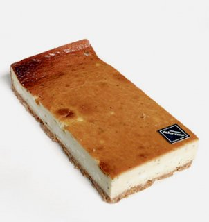 FROMAGE SALE / ゴルゴンゾーラチーズケーキ
