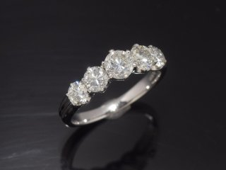 PT900 1.6ctダイヤモンドリング