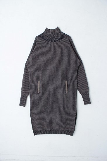 YANTOR / Plating Wool Cocoon Dress / beige