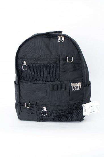HIDAKA / backpack wallet