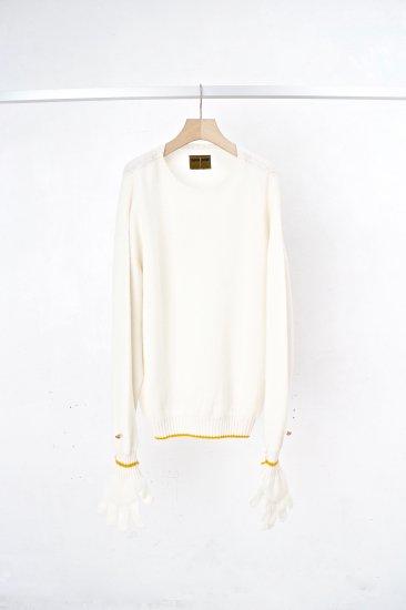 beta post /  work glove sweater / white