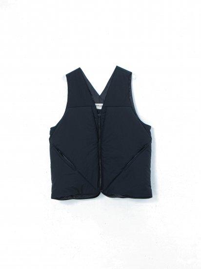 beta post /insulation nylon vest bag/ black