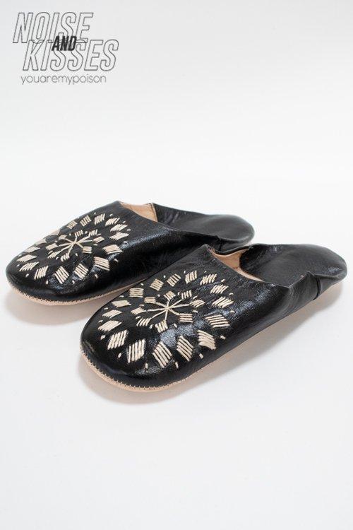 【7周年セール】刺繍バブーシュ (Black)