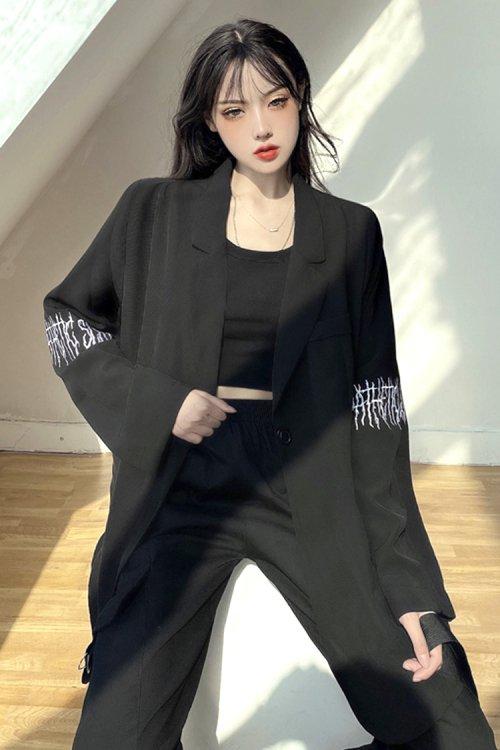 袖刺繍デザイン ライトテーラードジャケット (Black)