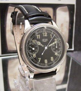 1940年代  ワンボタン ヴィンテージ クロノグラフ 2レジスター ミリタリースタイル 黒い文字盤 時計