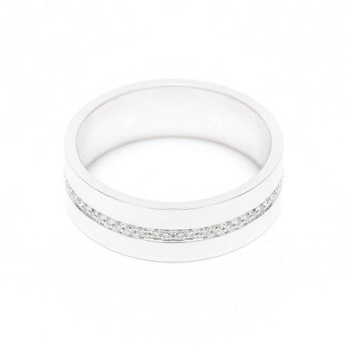 diamond line ring / center