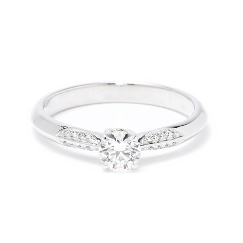 solitaire sharp ring / side diamond