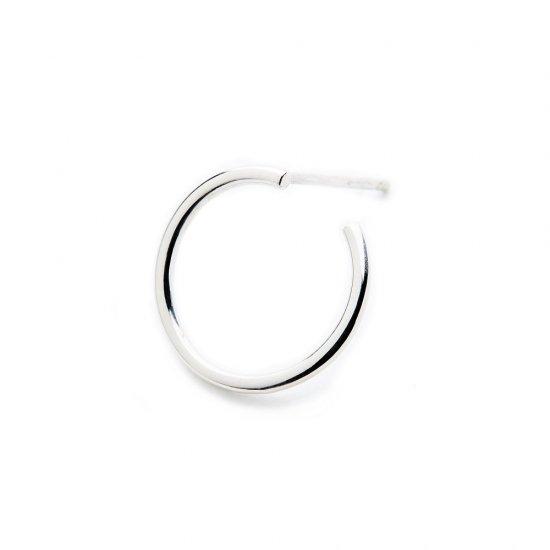 karma pierced earring / small circle