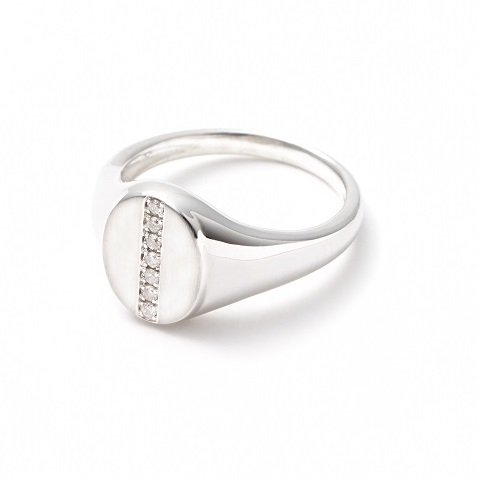 stamp pinky ring / line