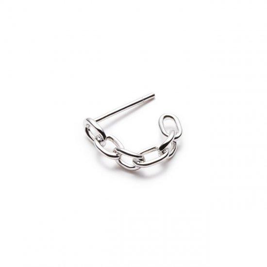 restrain pierced earring / small