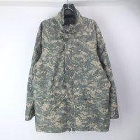 (MR) ECWCS  パーカー ユニバーサル カモ  米軍 実物