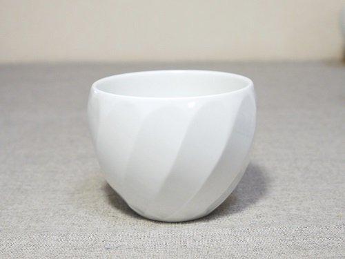 白磁斜め彫