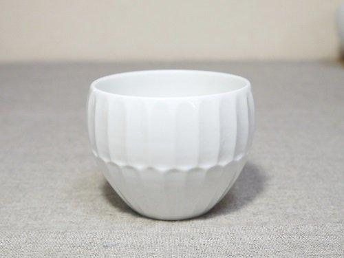 白磁二段竹林彫