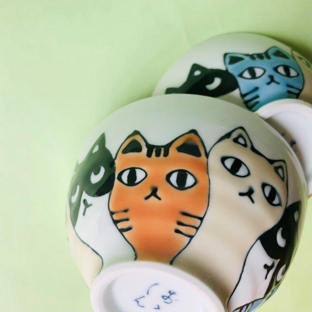 ネコ会議茶碗
