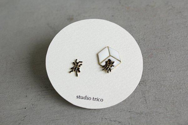 studio trico / ふるやともこ ピアス 蟻と角砂糖