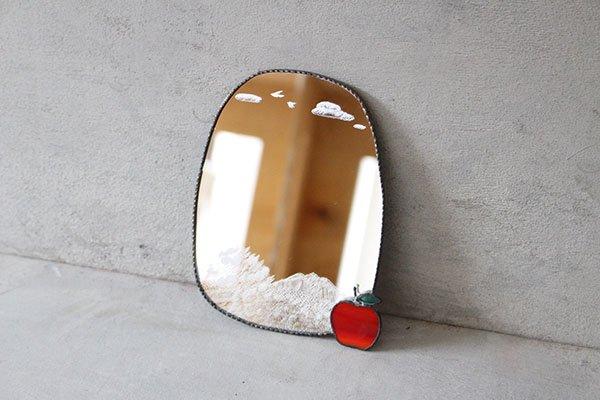 〇雪ガラス 削りのミラー ウォールミラー 岩木山とリンゴ 【ウォールミラー2種類の中からお一人様一点まで】ラスト一点