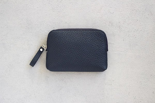 【新作】 STUDIO LA CAUSE  スタジオラコーズ  内縫いラウンドファスナー財布 (M)NVY