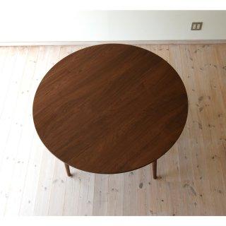丸ダイニングテーブル4本脚(直径130cm)