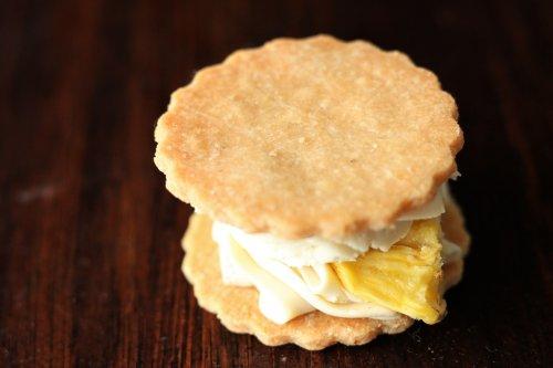 沖縄県産 無農薬パイナップルのバターサンド