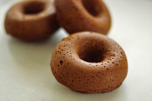 【砂糖・乳・卵・小麦・ナッツ不使用】焼きドーナツ 有機バナナとキャロブ