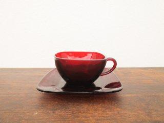 ビンテージ ANCHOR HOCKING社製 レッドガラスカップ&ソーサー