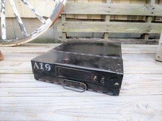 ビンテージ アイアンファイルボックス(A)