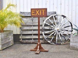 アンティーク EXIT ウッドスタンドサイン