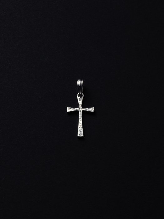 ANTIDOTE BUYERS CLUB / Engraved Tiny Cross Pendant