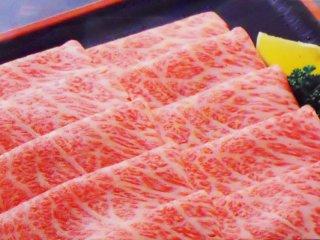 米沢牛 肩ロース薄切り すき焼き・しゃぶしゃぶ用 500g