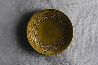 黄磁 陽刻牡丹文5.5寸皿