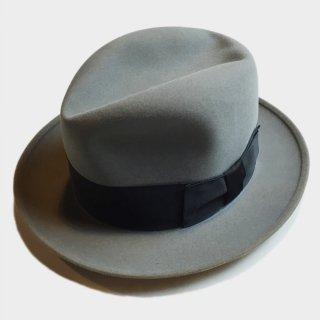 LATE 50's SOVEREIGN TWENTY HAT