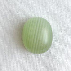 グリーンカルサイト カボション オーバル
