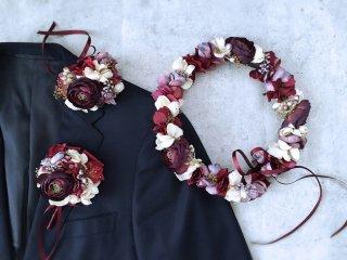 ワインレッドとゴールドの秋色花冠&リストレット&ブートニア3点セット