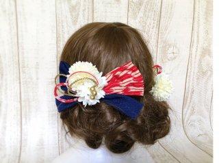ちりめんリボンのモダン髪飾り(古典柄×紺青)