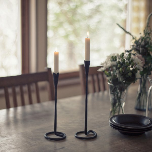 Iron candle stand 27cm