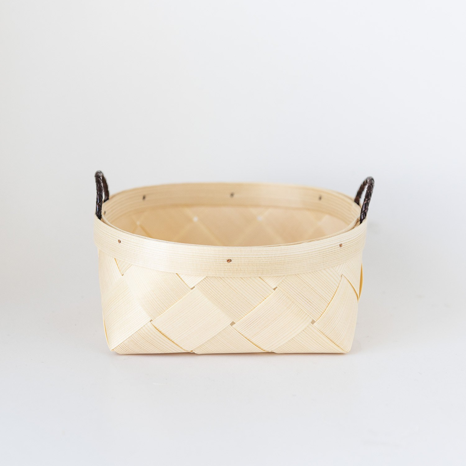 Basket With Leather Ribbon (M)