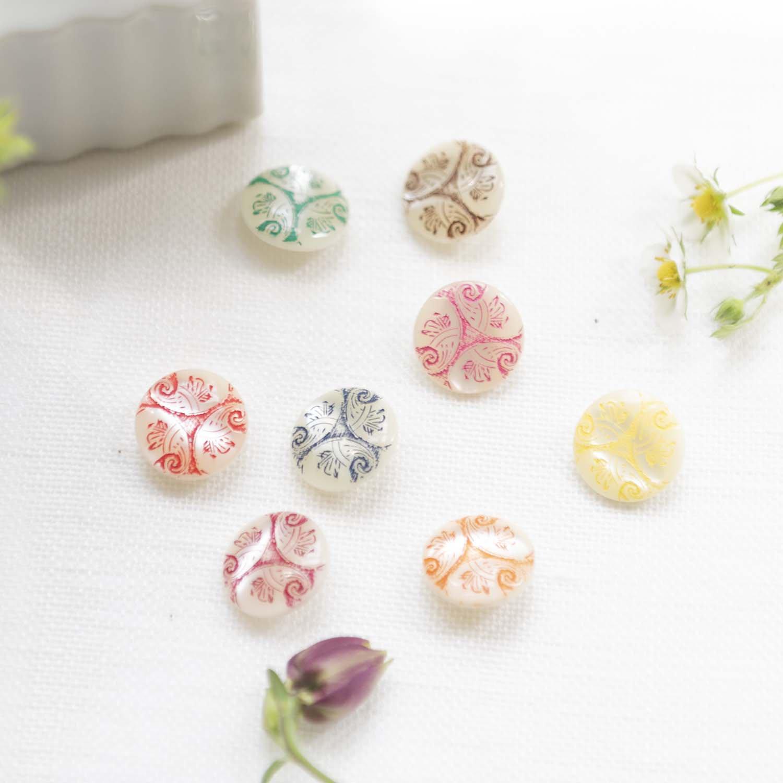Vintage buttons 8 colors set