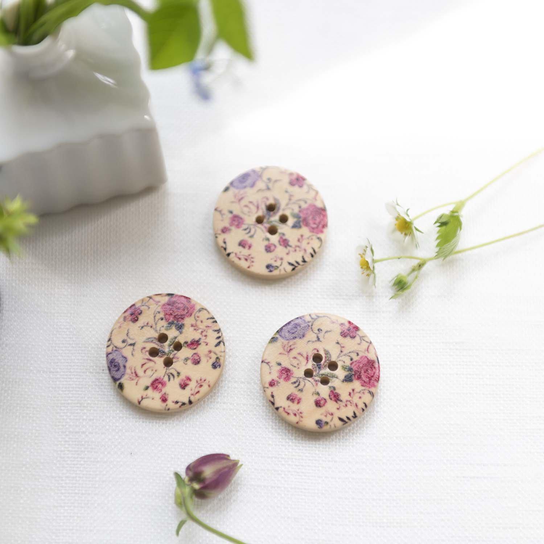 Vintage wood button flower