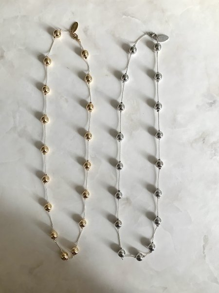Ball Middle Length  Necklace