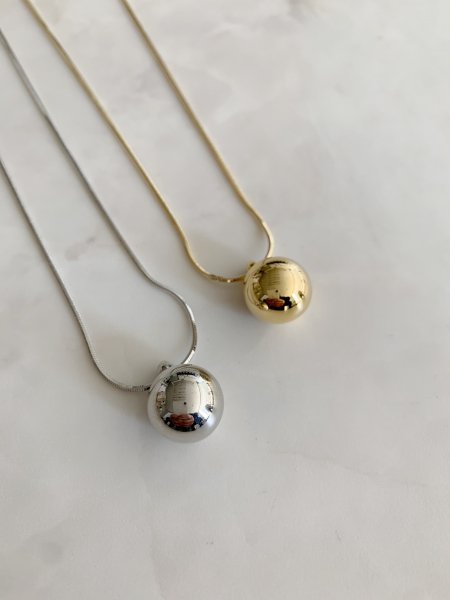 Onetop  Ball Middle  Length   Necklace