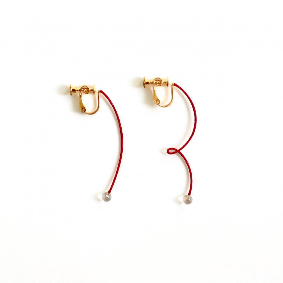 KIKKOU<br /> HINERI / HINERINASHI <br /> EARRING no.37 [RED]