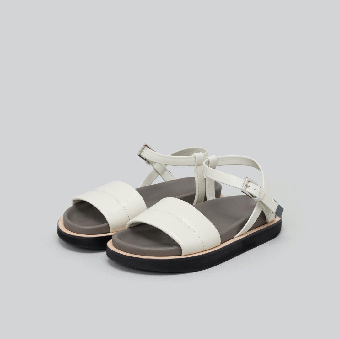 _Fot<br />volume sandals
