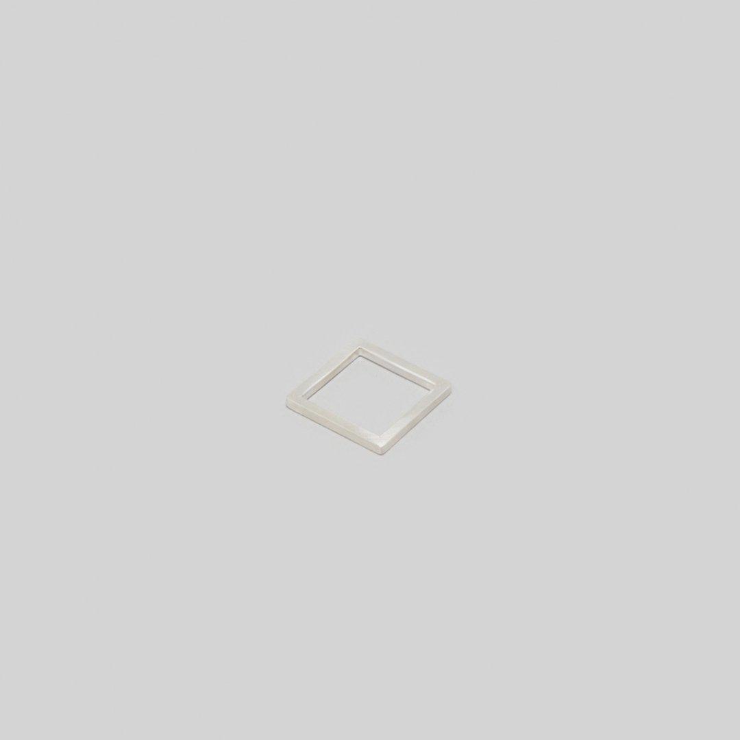 _Fot<br />line ring_square □