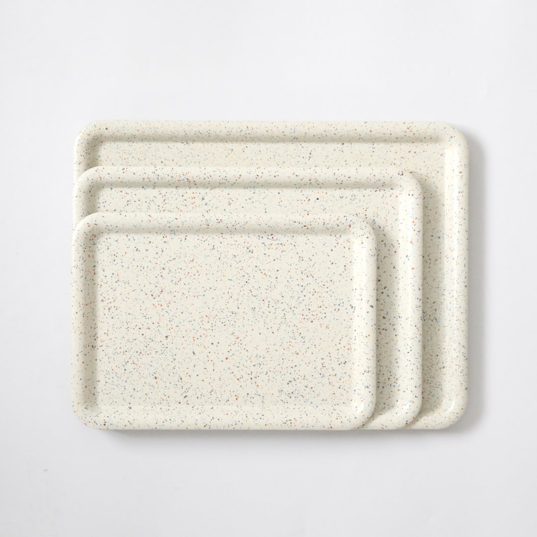 SEKISAKA<br />PLACE Tray -dripping 3 color-<br />Off White(blue&gray non-slip)