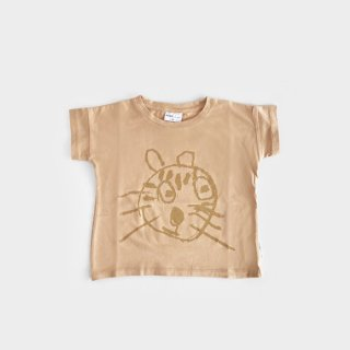 <img class='new_mark_img1' src='https://img.shop-pro.jp/img/new/icons8.gif' style='border:none;display:inline;margin:0px;padding:0px;width:auto;' />maed for mini   Nude Numbat T-shirt   1y-8y