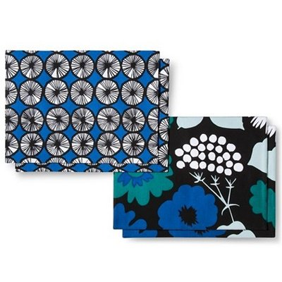 <img class='new_mark_img1' src='https://img.shop-pro.jp/img/new/icons21.gif' style='border:none;display:inline;margin:0px;padding:0px;width:auto;' />マリメッコ marimekko for Target【リバーシブルランチョンマット・Blue,B&W】4枚セット