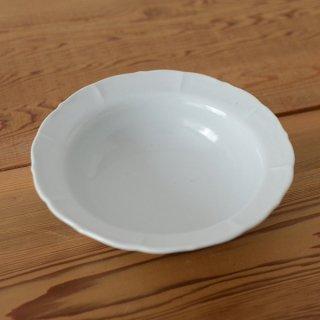 土井善男 乳白5.5寸稜花鉢 径17cm 高さ5cm