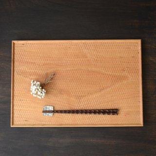 高塚和則 一人膳 チェリー(はちの巣)42cm×28cm