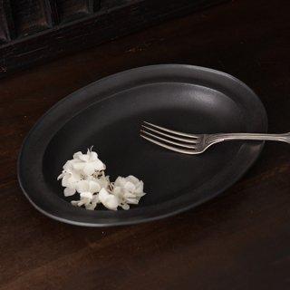 山本拓也 黒 オーバル皿 L  径27.5cm×20.5cm 高さ4.0cm